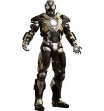 Hot Toys Iron Man 3 Mark XXIV Tank