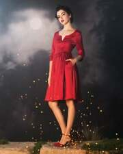 Outlander Claire's Red Dress Hot Topic - Size Large