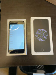 Apple iPhone 6 - 32GB - Space Gray (Unlocked)