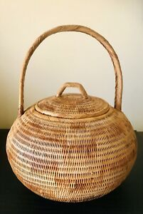 Vintage Fine Woven BUKA BASKET With Lid & Handle From Papua New Guinea - Large
