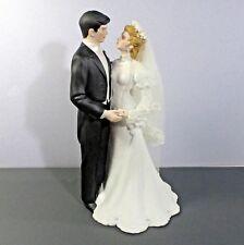 """Wedding Bride & Groom porcelain lace vail statue Roman portraits 8.75"""" áµ— b2"""