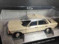Mercedes Benz 200 (Typ W123) Taxi mit Taxameter Neu in OVP 1 von 1000 Norev 1:18