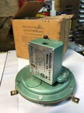 New Pyronics Ps Bc Pneumatic Pressure Switch 1 Psi 120220v Air Gas Nc Fast Ship