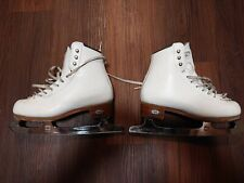 Riedell 23 Stride Size 3 with Mk professional freestyle blades.
