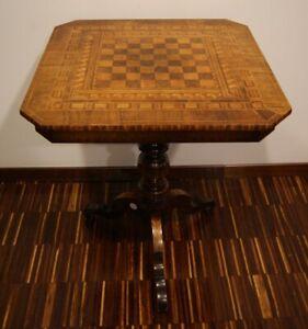 Antico tavolino sorrentino intarsiato del 1800
