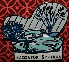 DISNEY CARS CARSLAND RADIATOR SPRINGS FLO PIN NEW ON CARD