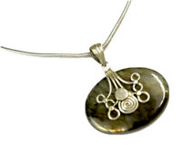 """VINTAGE Sterling Silver Labradorite PENDANT 18"""" Snake CHAIN NECKLACE Gift Boxed"""