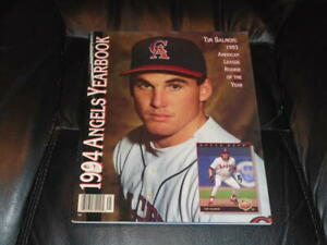 1994 CALIFORNIA ANGELS OFFICIAL BASEBALL YEARBOOK TIM SALMON COVER NEAR MINT