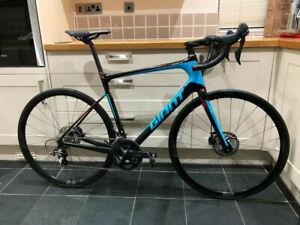 Giant Defy Advanced Carbon Road Bike Ultegra105 Hunt wheels Disc brakes