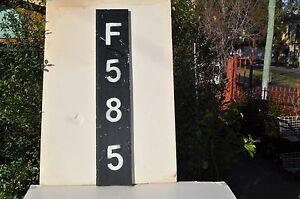 V.R.Signal pole number