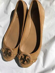 Tory Burch Women Patent Leather Rivera Ballet Round Toe Flat Beige Tan  8 $200