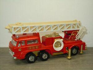 Mitsubishi Fuso Fire Truck - Diapet Yonezawa Toys Japan *51622