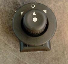 Bouton interrupteur commande reglage retroviseur Citroen Xsara Picasso 185526