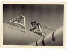 Foto seconda guerra mondiale - Pilota con aereo non identificato - 1944