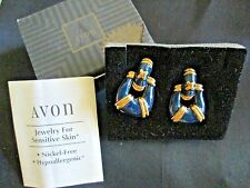 AVON DOORKNOCKER PIERCED EARRINGS **FOR SENSITIVE SKIN**IN BLUE**NIB*