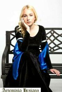 Plus Size Velvet Renaissance Gown, Medieval Dress, Renfaire Cosplay Costume LARP