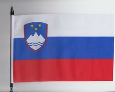 Slovenien Medium Hand Wehende Flagge