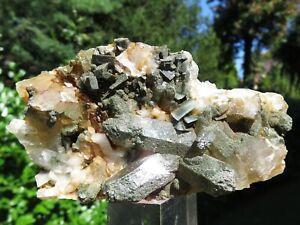 Minerali *** QUARZO CLORITIZZATO con DOLOMITE Monte Bianco