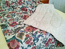 EXCELLENT CONDITION TWIN BED REVERSIBLE COMFORTER 64inches × 88 inches-