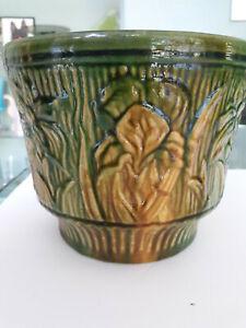 Gorgeous Vintage  Green &  Yellow Weller Majolica Jardiniere Planter Flower Pot
