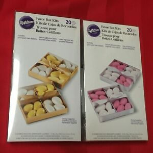 WILTON FAVOR BOX KITS  20 COUNT GOLD & SILVER