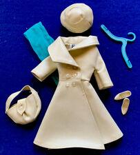 Mattel Vintage Barbie Outfit #1661 London Tour