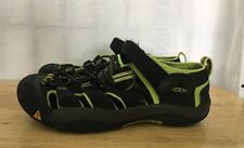 KEEN Shoes Size 4 Black And Yellow