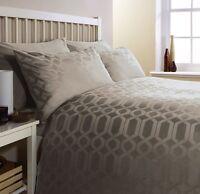 Egyptian Cotton GEO Super King Bed  300 Thread Count Duvet Cover Set LATTE