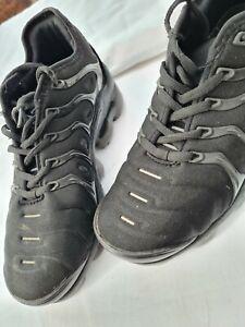 USED   1 pair nike vapor max size 6