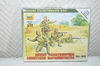 Maquette soldat Urss Zvezda Model Kit Soviet Paratroopers parachutiste 1:72 Neuf