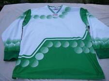 maillot de foot vintage finale sport XL blanc et vert n°10