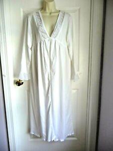 Eileen West L White House Coat Robe Single Button Ballet Silver Lace Trim WoW