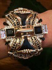 NWT $ 765 ETRO black crystal bracelet cuff in brass gold tone