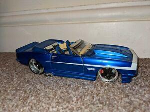Chevrolet Camaro SS 1968 Pro Rodz Blue Maisto 1:24 Diecast Model Car Flawed
