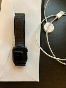 Apple Watch Series 4 40mm Space Gray Aluminum Case Sport Loop CELLULAR LTE