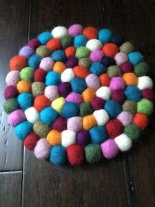 "NEW Handmade 8"" Multicolor Felt Balls Trivet Cushion Nepal Wool Pom Pom Round T0"