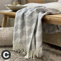 Luxury Woollen Touch Abstract Pale Grey Geometric Sofa Bed Blanket Throw Large
