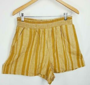 Universal Thread Women's Size L High Rise Pull On Shorts Gray, Gold, Or Olive