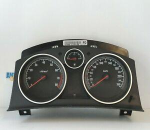 Kombiinstrument 13216682 PD Opel Zafira B  2006