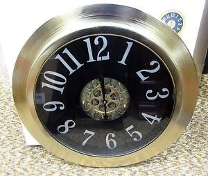 """18"""" METAL CONTEMPORARY WALL CLOCK  WITH MOVING GEARS IN THE CENTER 66989"""