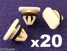20x Ford Tourneo or Transit Connect Wheel Arch Trim Plastic Clips