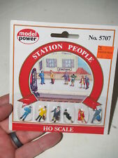 Model Power - 5707 Station people - Ho Scale - 6 figures - New