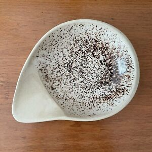 Vintage Glidden Pottery Brown Speckled Comma Bowl Handle Signed Fong Chow