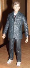 Doctor Who Figura ** Doctor Who-con traje y Blanco Zapatillas ** v.g.c.