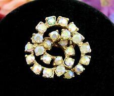 VENN DIAGRAM PIN Aurora Borealis RHINESTONES AB Brooch Vintage 3 Circle Goldtone