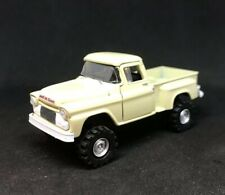 1958 GMC Fleet 4x4 Lifted Custom 1/64 Diecast Truck Farm 4WD Mud Chevy Apache