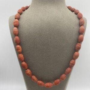 Wunderschöne Halskette | Versilberter Verschluss | Schaumkoralle