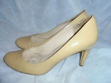 MICHAEL KORS WOMEN BEIGE NUDE LEATHER  SLIP ON SHOES SIZE UK 5 EU 38 US 8M VGC