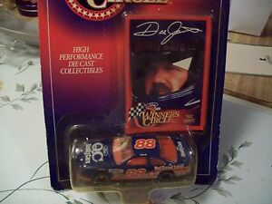 DALE JARRETT 1997 FQC #88 WINNER'S CIRCLE NASCAR WITH COLLECTOR CARD