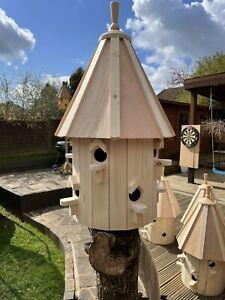 Dovecote style birdhouse